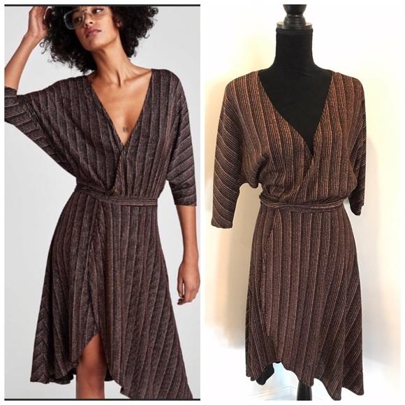 Zara Dresses & Skirts - Zara Wrap Dress SZ S